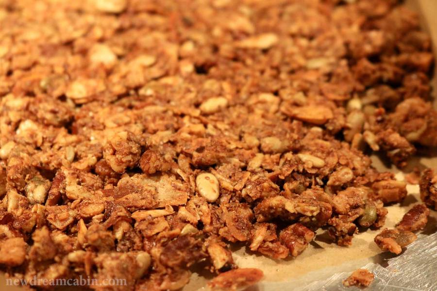 Grain Free Granola, low carb, granola, whole food, LCHF, primal, paleo, breakfast, crunchy, treat, cereal, snack, sweet, nuts
